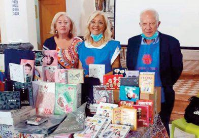 Solidarietà CartoAliotta. Donato materiale scolastico alla Caritas per le famiglie bisognose
